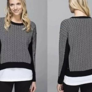 Lululemon Yogi Black White Crewneck Sweater Size 4